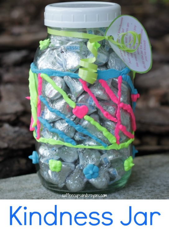 Kindness-Jar-Activity-for-Kids-Book-to-read-and-free-printable-for-jar-in-the-post-so-the-recipient-can-pay-it-forward-too-actsofkindness